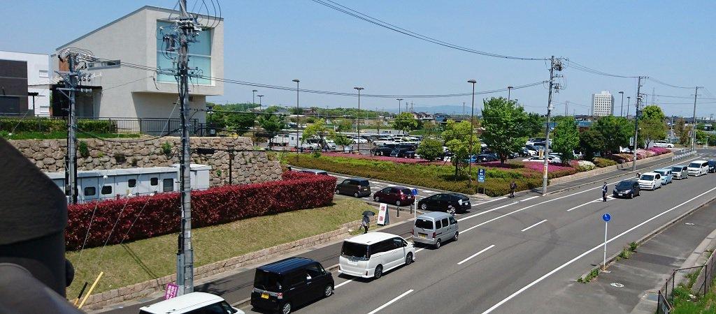 刈谷ハイウェイオアシスの一般道駐車場