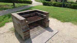 戸田川緑地のバーベキュー炉