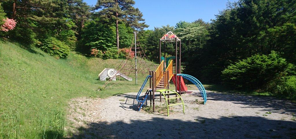 上ノ山公園の遊具