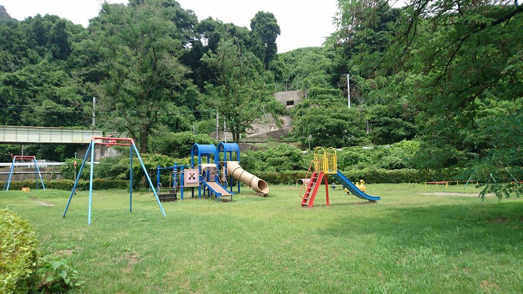 小野上温泉公園の遊具