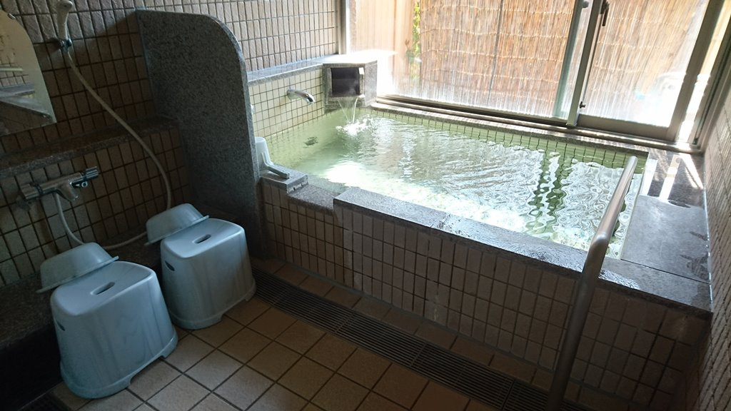 小野上温泉さちのゆ 個室の風呂場