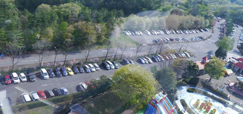 スカイランドパークの駐車場